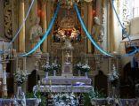 Ołtarz główny w kościele w Będkowie