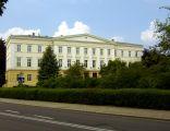 Neoklasycystyczny budynek sądowy w Raciborzu