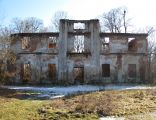 Szreńsk, pozostałości zamku gotyckiego i wybudowanego w jego miejscu pałacu