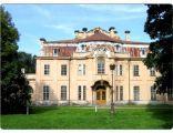 Pałac Goetz'a w Brzesku - na zdjęciu część zachodnia