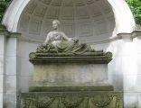 Warszawa-Natolin - pomnik-sarkofag Natalii z Potockich Sanguszkowej