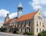 XIX wieczny neogotycki ratusz miejski w Barczewi