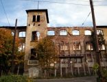 Ruina budynku Zakładu Przemysłu Włókienniczego w Walimiu