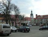 Rynek i kościół w Leśnicy