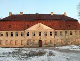 Jasień – pałac z XVIII w