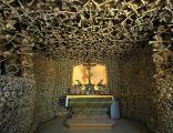 Kaplica czaszek w Czermnej - wnętrze
