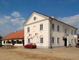 Ratusz w Maciejowicach