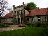 Neoklasyczny pałac z XIX w. Pustarach