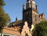Rynek Staromiejski z Odwachem, barokowymi kamieniczkami i Kolegiatą Mariacką