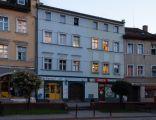 PL-DS, pow. jeleniogórski, gm. Kowary, Kowary, ul. 1 Maja 12-14; Budynek mieszkalno-usługowy; 1124-J